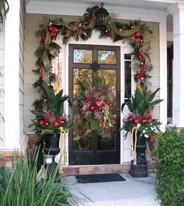 Christmas 2007 Front Yard Decor   Home Exterior Designs   Decorating Ideas    HGTV Rate My Space Smith K. Williams, This Would Look So Pretty On  Julieu0027s ...