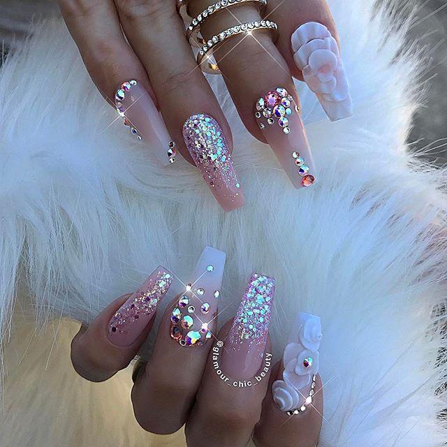 Pin de Cristine Rozalija en Booms   Pinterest   Diseños de uñas ...