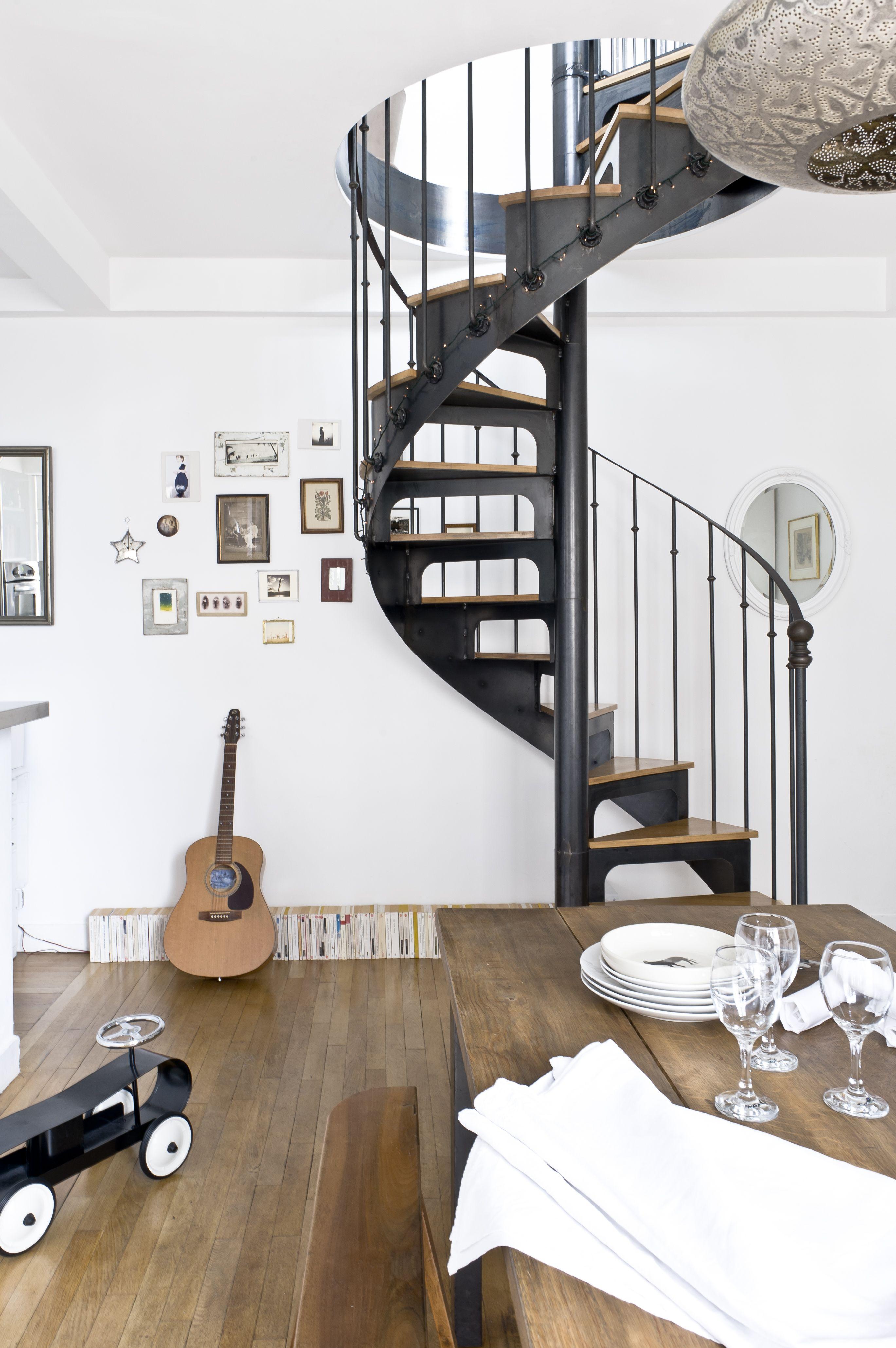 escalier de style bistrot mod le d pos d 39 escaliers. Black Bedroom Furniture Sets. Home Design Ideas