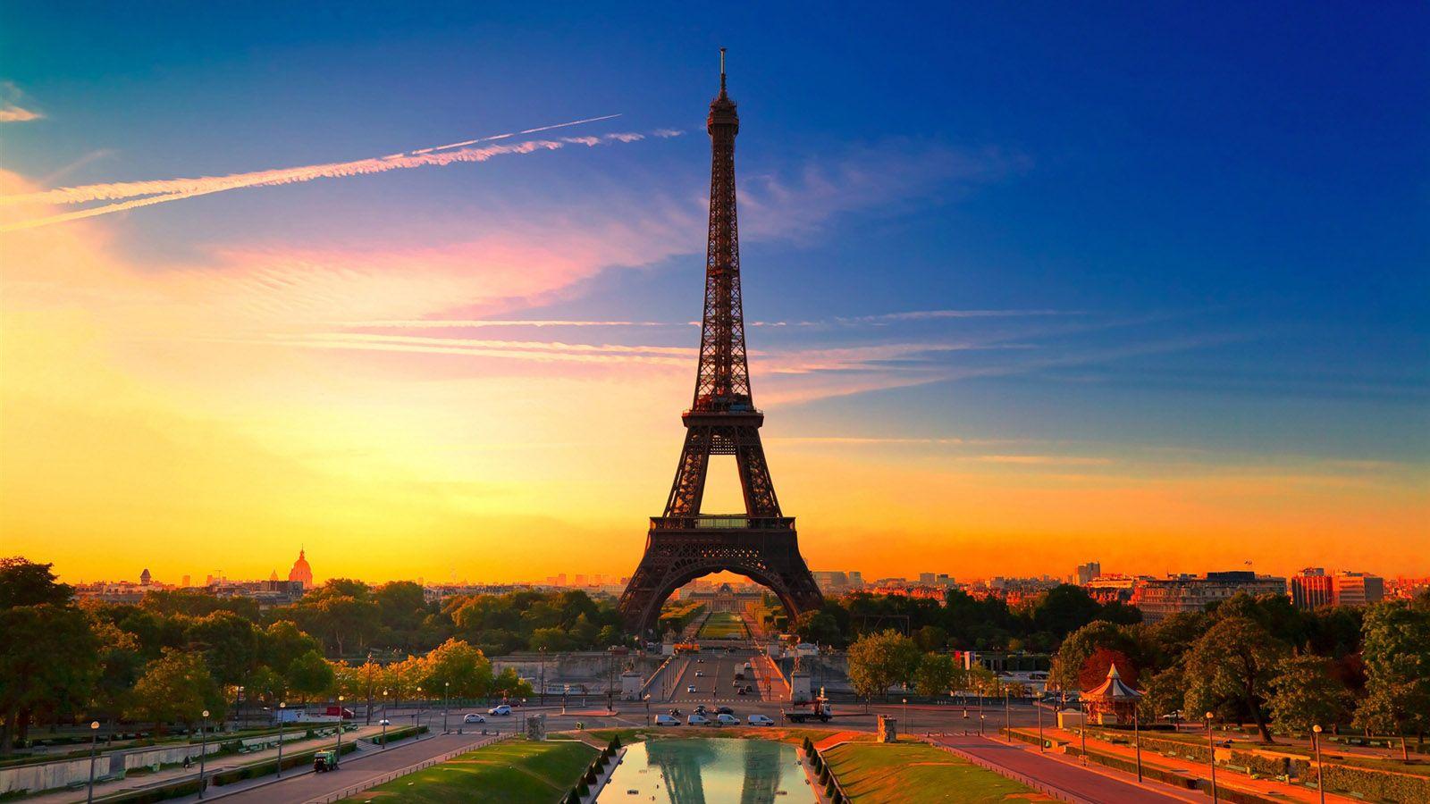 beautiful sunrise in Paris   Hi Sun . Bye Sun   Pinterest   Tower ...