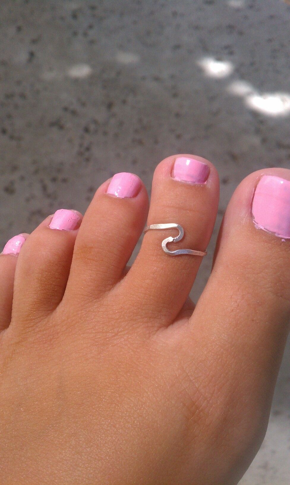 Cute toe ring - have one very similart to this one as well   My ...