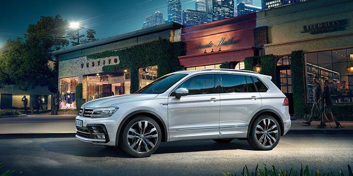Le Meilleur Suv >> Epingle Par Virtuel Car Sur Behind The Scenes Virtuel Car