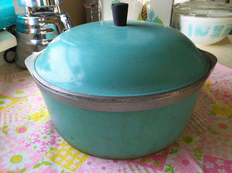 Mid century club turquoise dutch oven stock pot 1960s