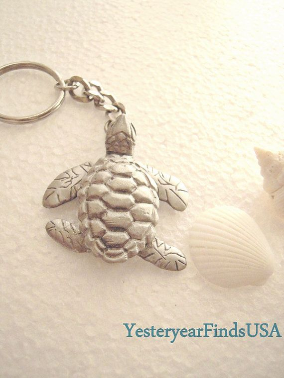 Sea turtle key chain / pendant / fan pull / by YesteryearFindsUSA