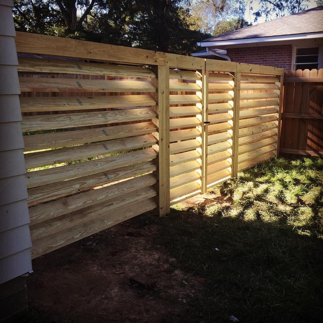 Horizontal Fence © Pinnacle Exterior Construction, LLC