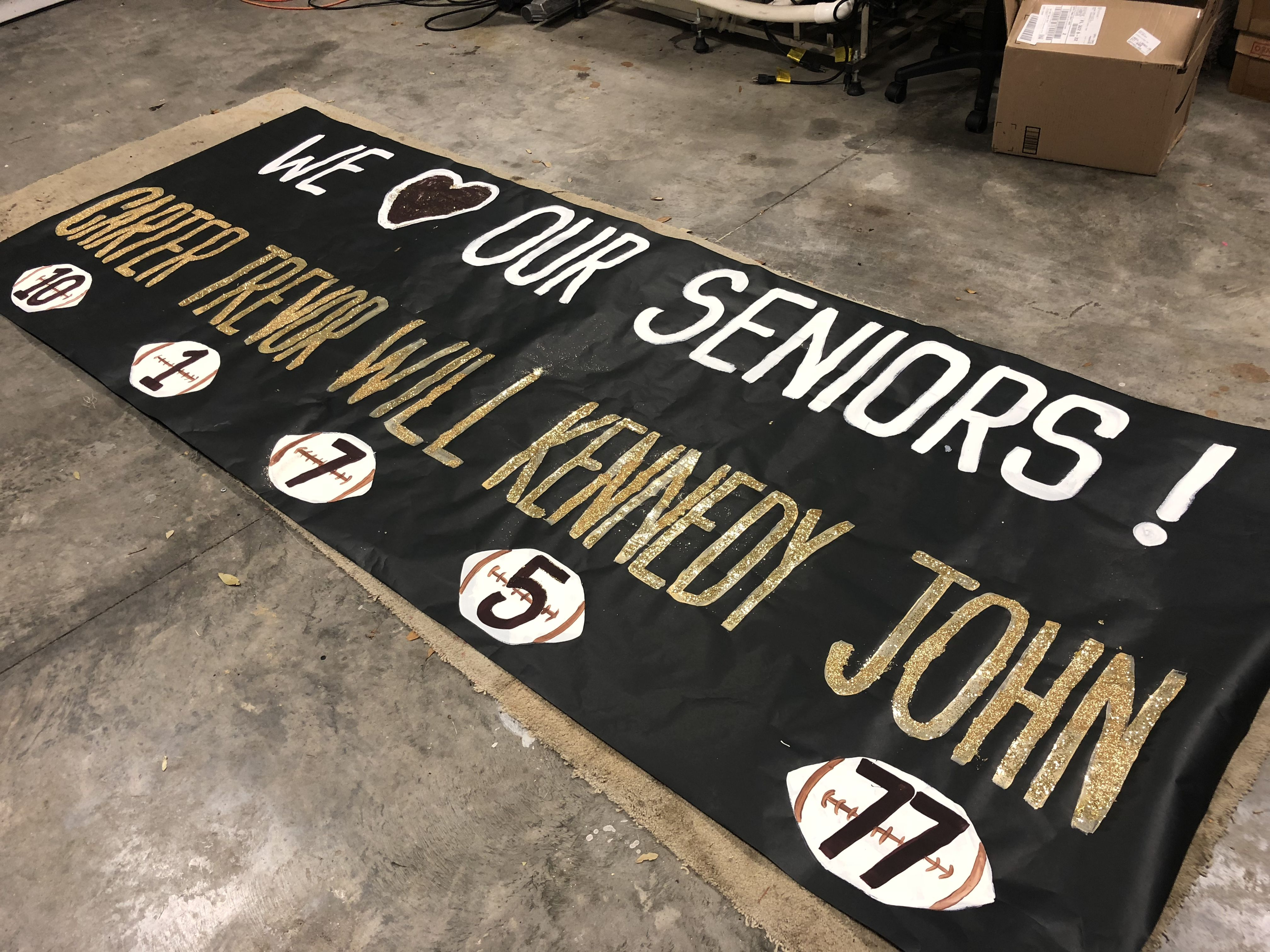 Banner Bannermoments Gym Homemade Signs Creative Easy Stadium School Sen Senior Night Posters Volleyball Senior Night Gifts High School Football Signs