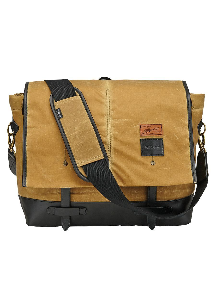 Nixon Bags And Backpacks Focus On Quality Function Design Did We Mention That Travel The World Testing Them Out