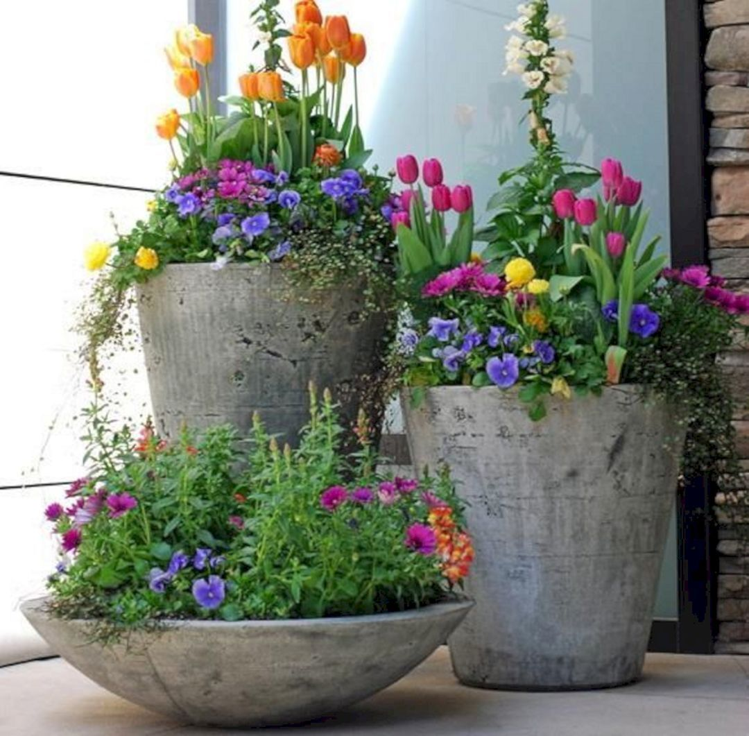Spring Flowers And Yard Landscaping Ideas 20 Tulip Bed: Best 10 Chic Spring Planters With Beautiful Flower For