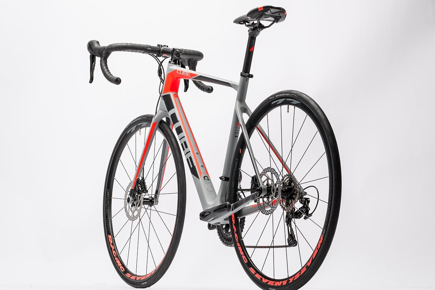 Cube Attain Gtc Pro Disc Grey N Flashred 2016 With Images Cube