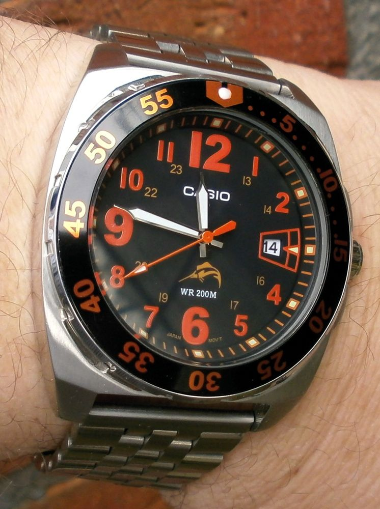 Casio Mdv 104 Bad Lume Apparently But Cool Looking