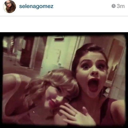 Taylor Swift and Selena Gomez at The 2014 Met Gala ...
