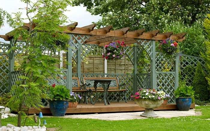 Lovely Pergola Over A Seating Area Garden Design For Privacy