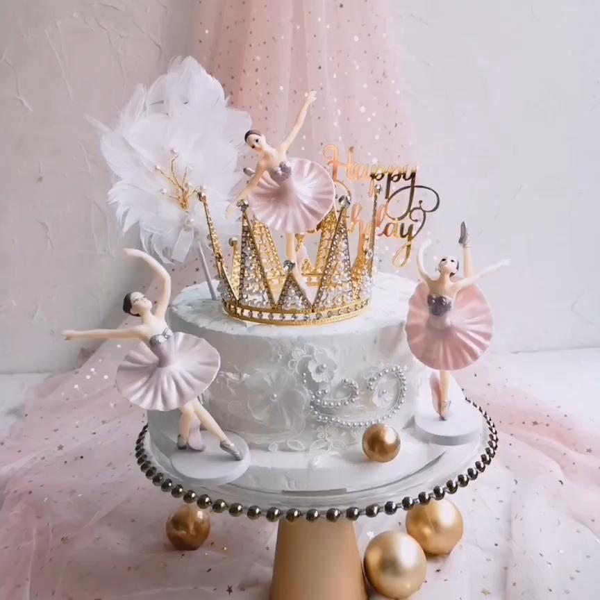 Pin by Denisa Kubikova on cumatrie in 2020 Wedding cake