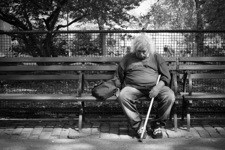 Heartbreaking Pictures Of Homeless People In New York City New York City Photos Homeless New York City