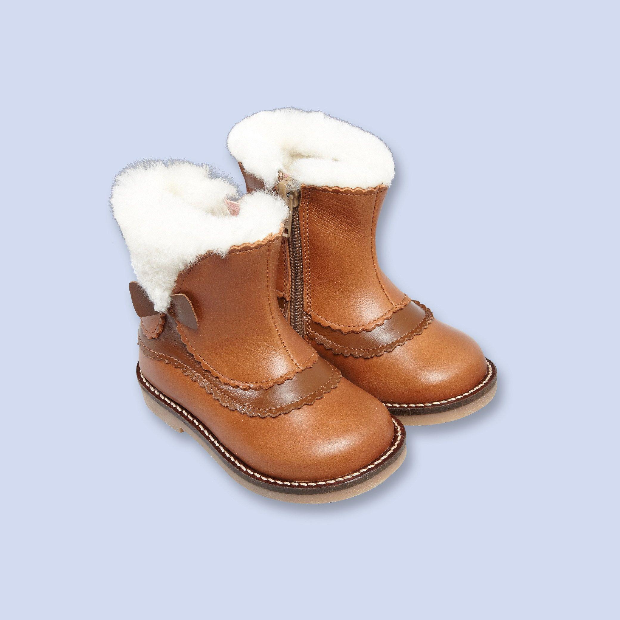 boots fourr es de laine fille karen bachelet cr ation chaussures pour jacadi pinterest. Black Bedroom Furniture Sets. Home Design Ideas