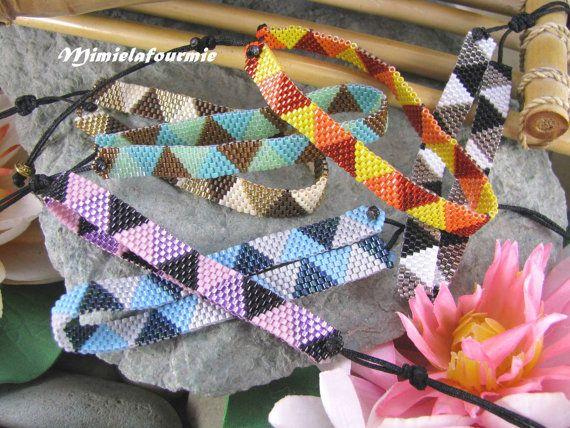 Mini Bracelet in miyuki delicas pattern by mimielafourmieperle