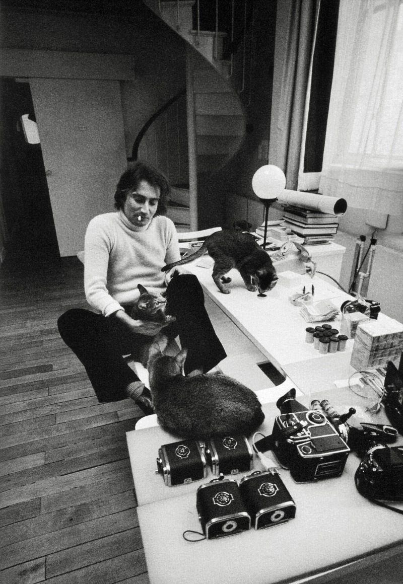 Jeanloup Sieff in his Apartment, Rue Ampère, Paris, Ara Güler