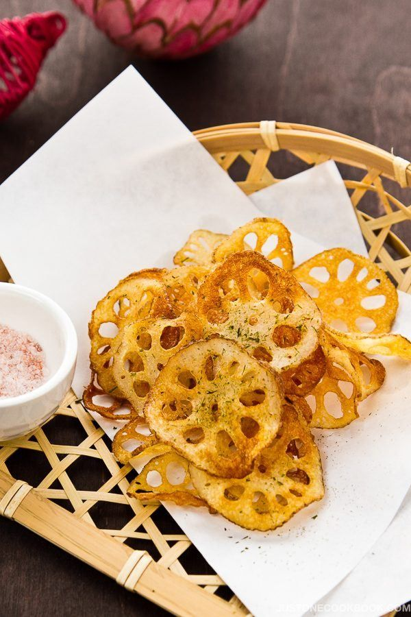 15 easy japanese appetizer recipes japanese diet japanese and lotus root chips renkon chips easy japanese recipes at justonecookbook forumfinder Choice Image