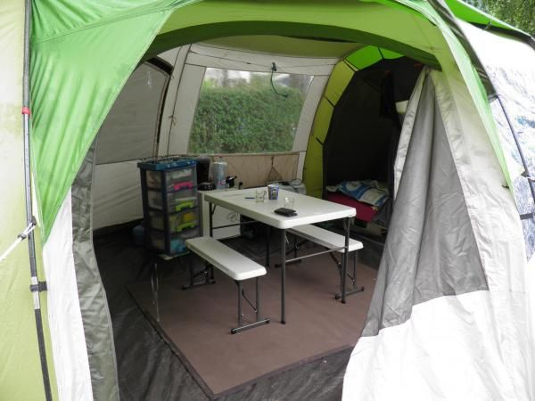 Tente familiale t 8 4 xl tente camping quechua for Tente cuisine camping