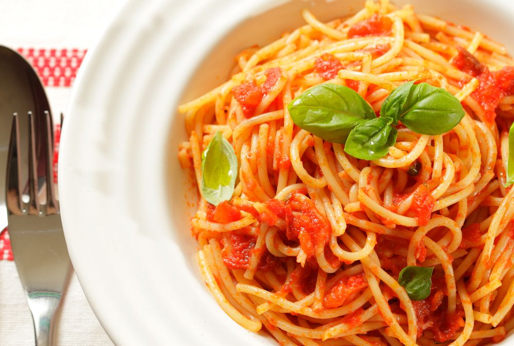 Domingo - Pasta en Salsa de Queso y Tomate - 7 días de Sabor con ECONO