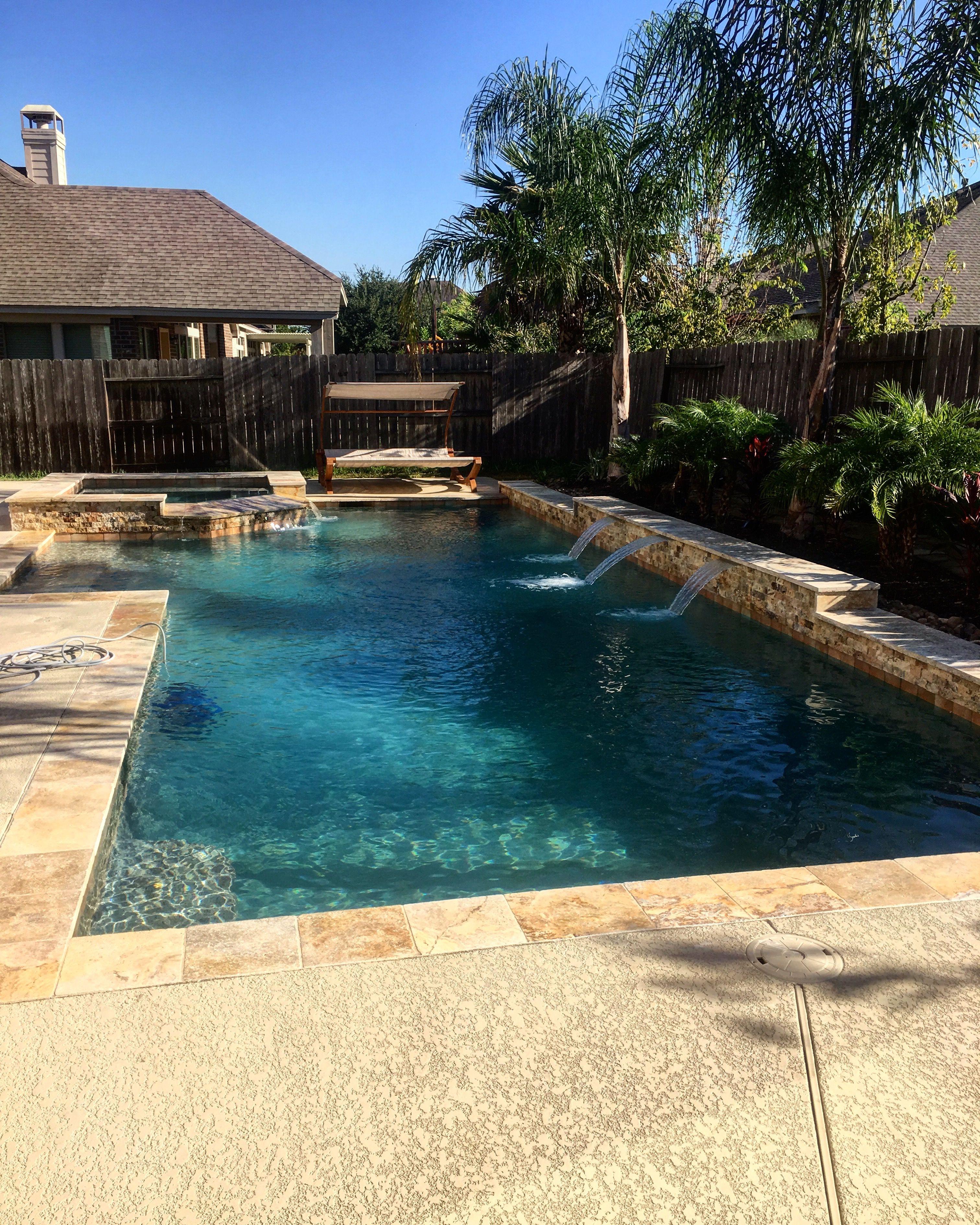 Geometric Pools And Spa! Scabos Travertine! #custompools #pooldesigns  Designer: Kyle Franco