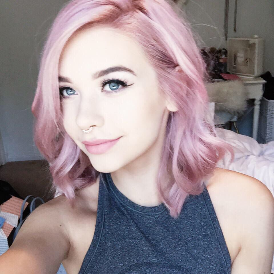 short curled pink pastel
