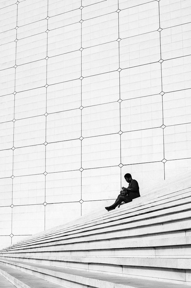These beautiful high contrast black white street photos are a testament to great composition