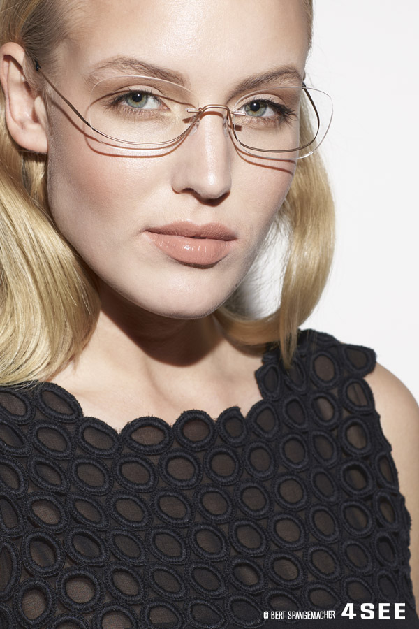 9b201c6075e SILHOUETTE TITAN ONE 4439 Matt Gold Become One with your eyewear. The Titan  One s innovative