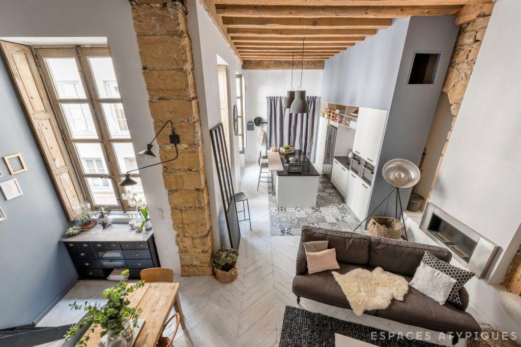 Loft Cu Accente Industriale și Rustice In Lyon Kitchens