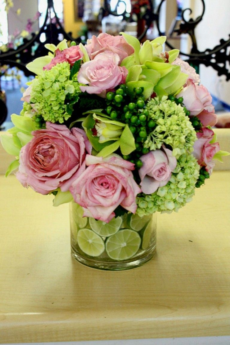 44 Lovely Fruit Flower Arrangements For Table Decorating Inspiration Flower Vase Arrangements Beautiful Flowers Flower Arrangements