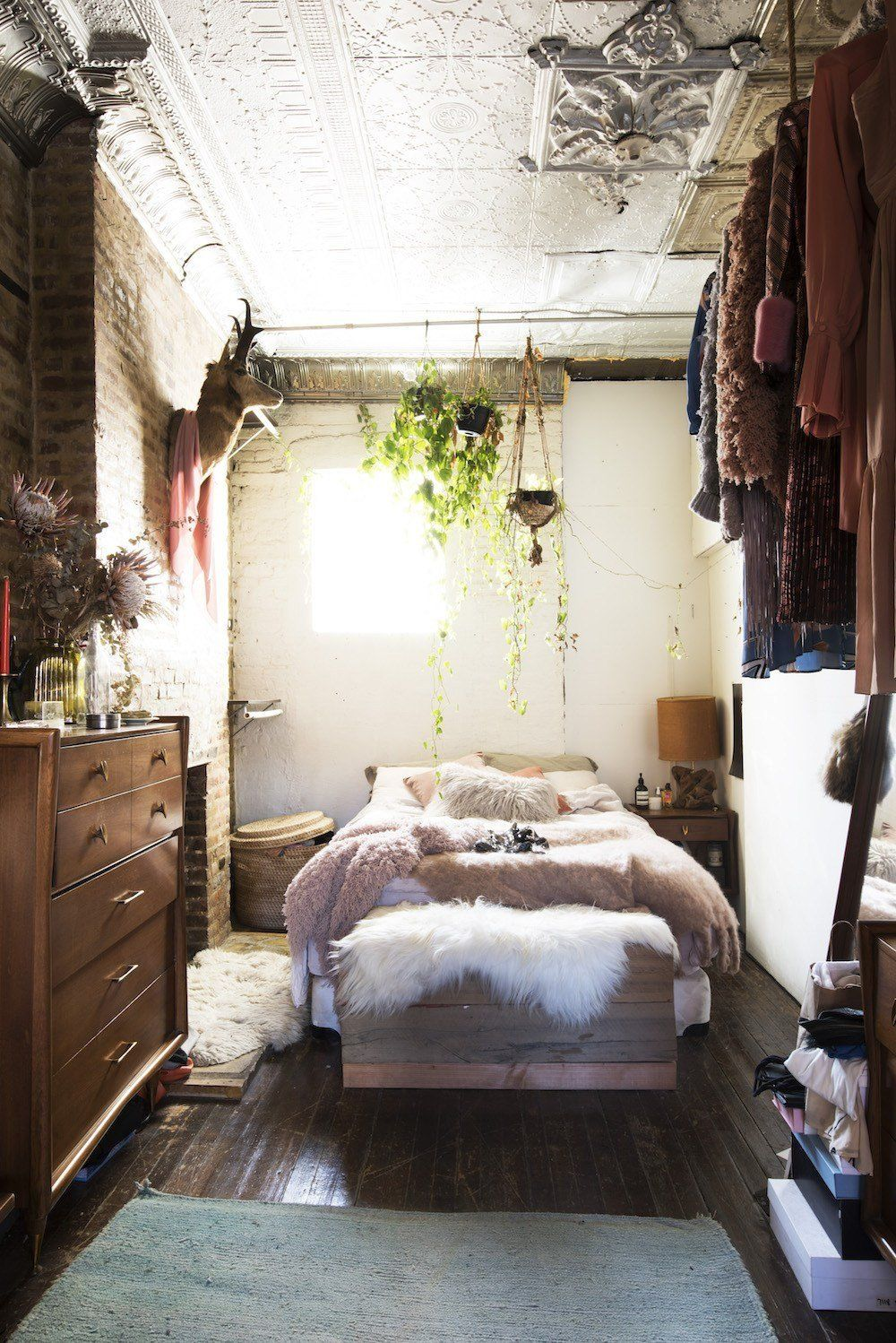 Bachelor Bedrooms Ideas On A Budget 34 Apartment Bedroom ... on Bohemian Bedroom Ideas On A Budget  id=90743