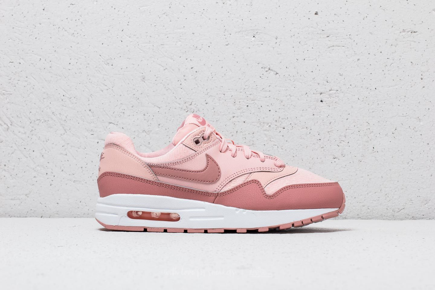 info for 1c360 7a5e2 Nike Air Max 1 SE (GS)   Storm Pink  Rust Pink    133