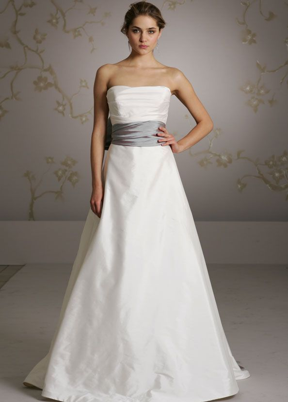 78 Best images about Wedding Dresses on Pinterest  Simple ...