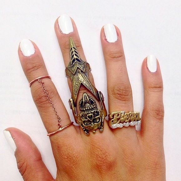 Jewelry - Skull  full finger ring