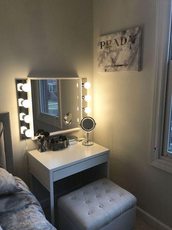 20+ Schöne Kosmetikspiegeldekor-Ideen mit Beleuchtung