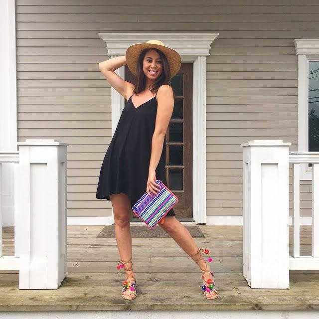PomPom Sandals for Summer