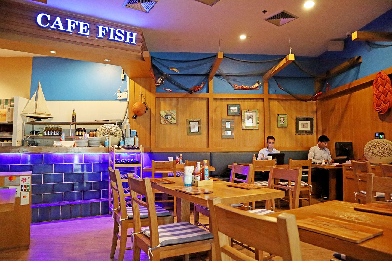 Cafe Fish Terminal 21 Bangkok In 2020 Cafe Bangkok Restaurant