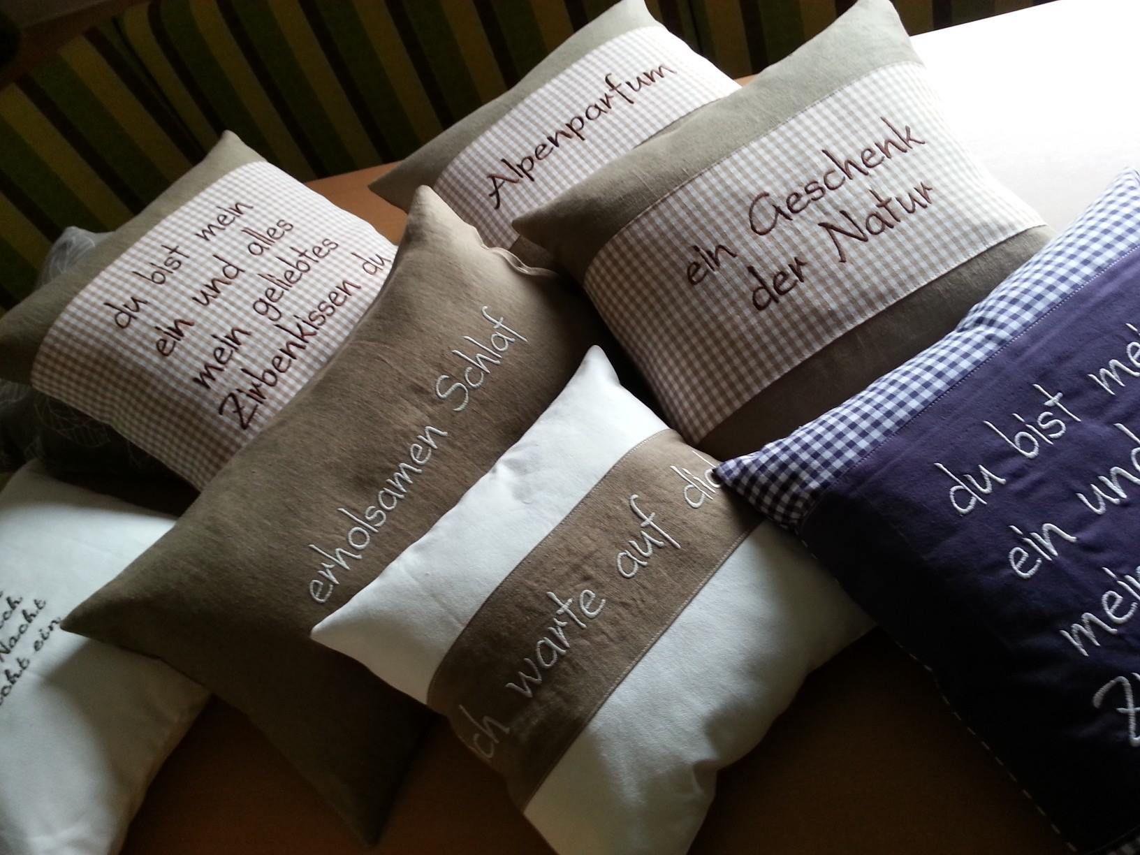 zirbis zirbis n hen pinterest kissen patchwork kissen und kissen n hen. Black Bedroom Furniture Sets. Home Design Ideas
