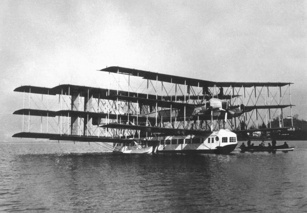 caproni 60a flew once, crashed into lake on second flight.