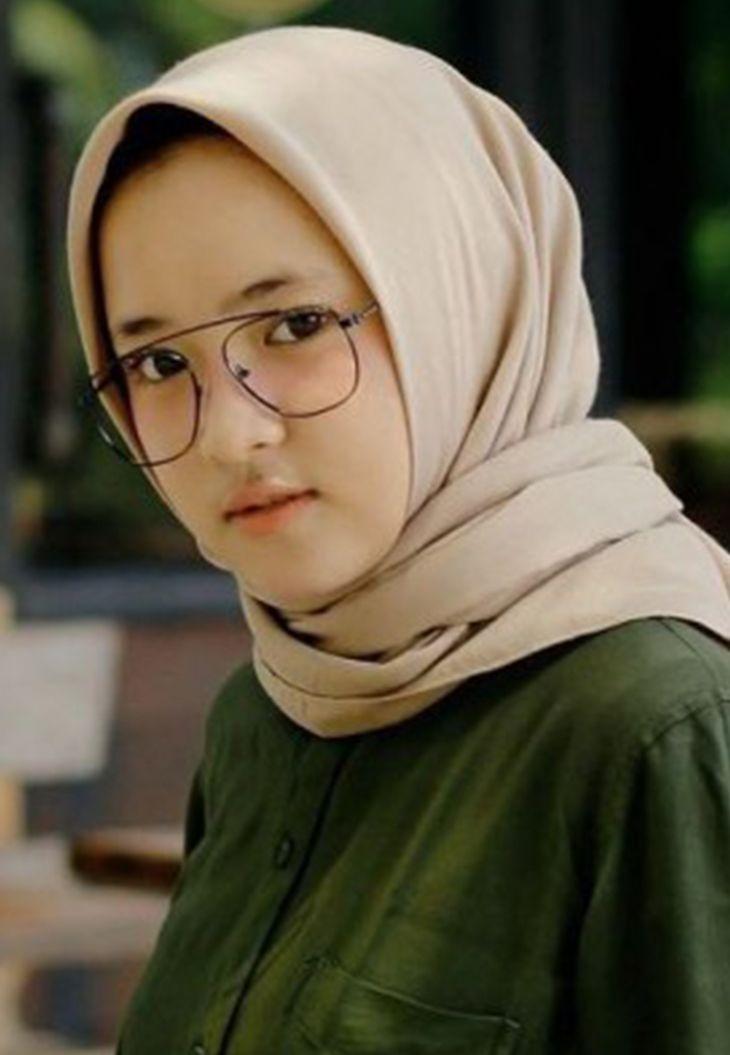 Download Lagu dan Lirik Nissa Sabyan - Allahumma Labbaik mp3