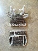 http://www.ravelry.com/patterns/library/baby-deer-outfit Crochet Newborn Deer Hat and Diaper Cover Great for photo ops. Gift for the baby with a hunting dad.