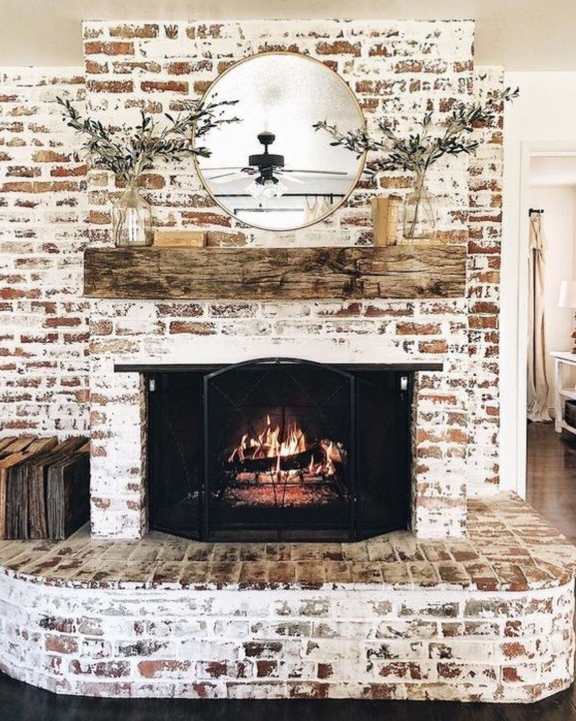 Photo of Mashup Monday 6: Inspired Ways to Update Your Fireplace – Slave to DIY