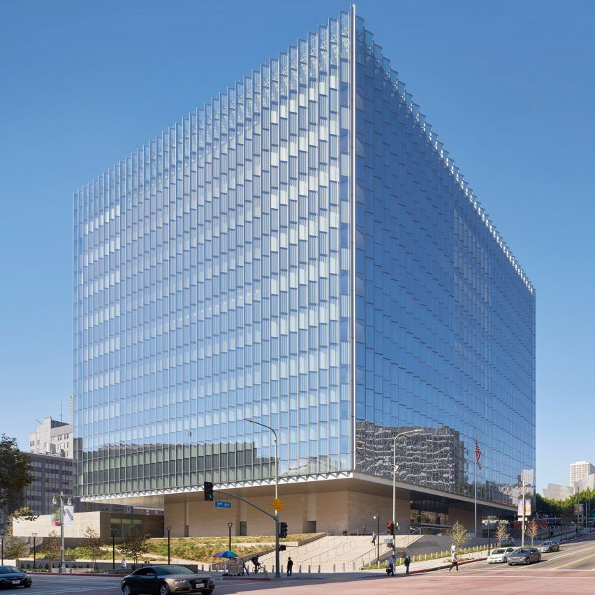 SOM wraps Downtown LA courthouse in pleats of glass Som
