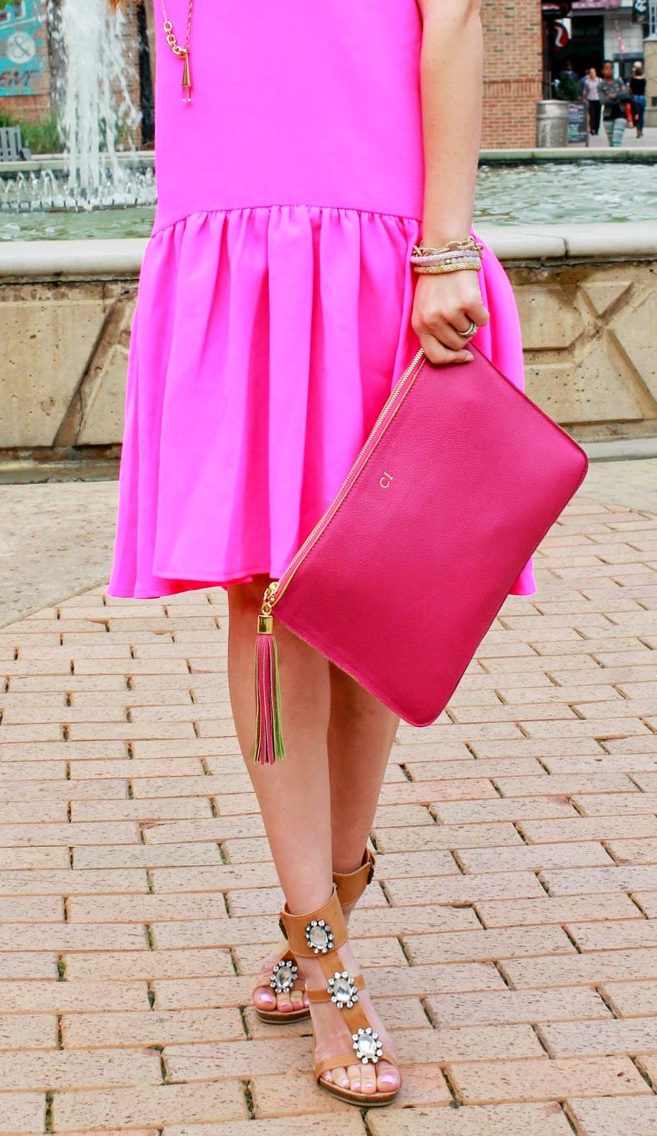 GI New York Collection | Pink Large Zip Case | The Dainty Darling Fashion Blog