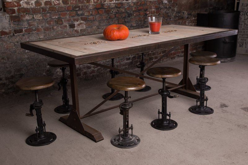 Table de salle à manger industrielle rouille | FURNITURE | Pinterest ...