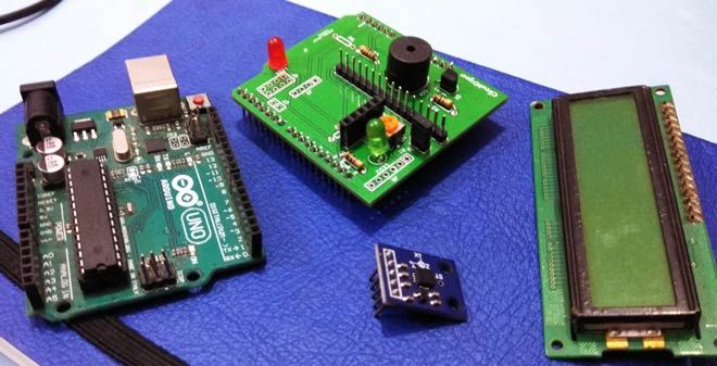 Earthquake indicator arduino shield using accelerometer