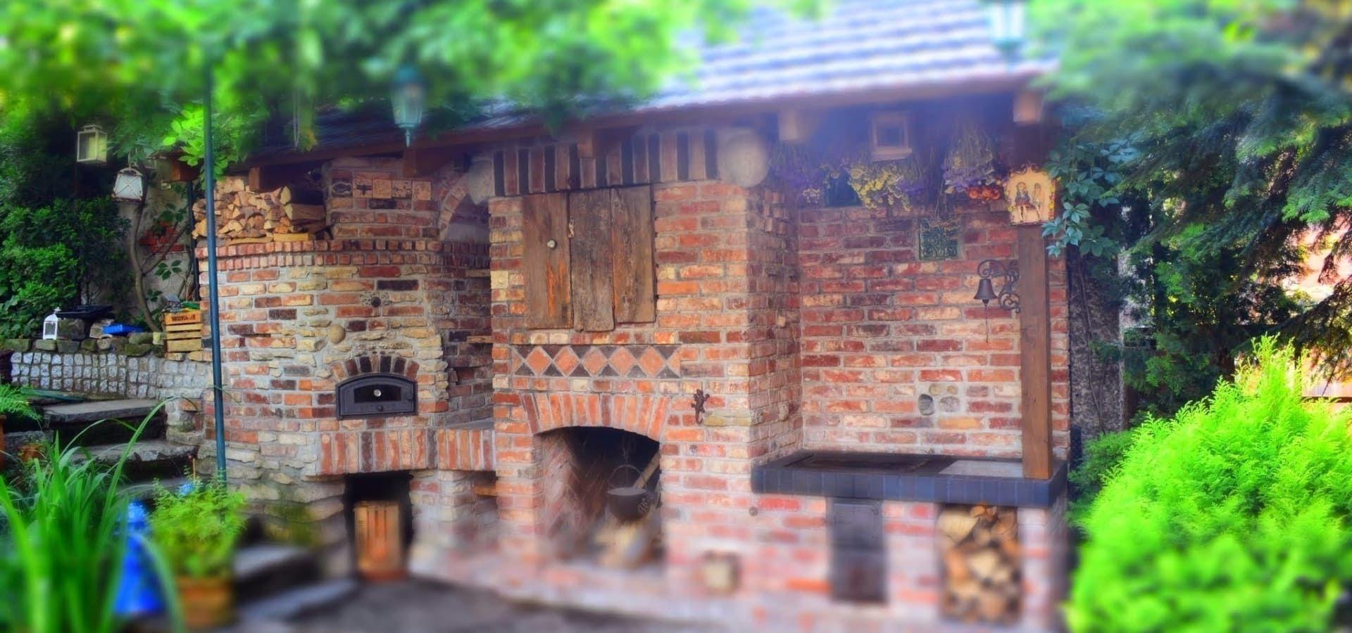 Znalezione obrazy dla zapytania letnia kuchnia w ogrodzie