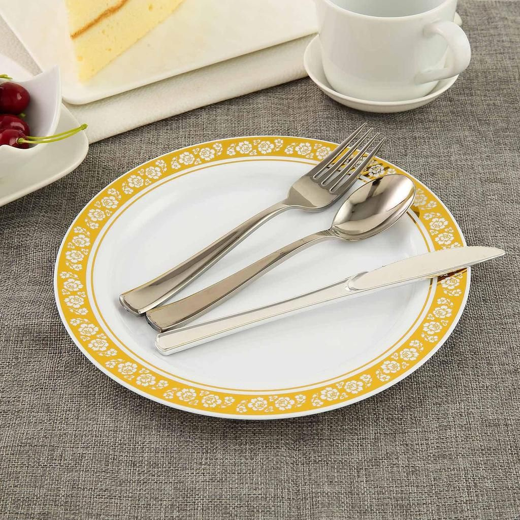 10 Pack 9 White Round Plastic Dinner Plates Disposable Plates With Gold Floral Rim With Images Disposable Plastic Plates Plastic Plates Dinner Plates