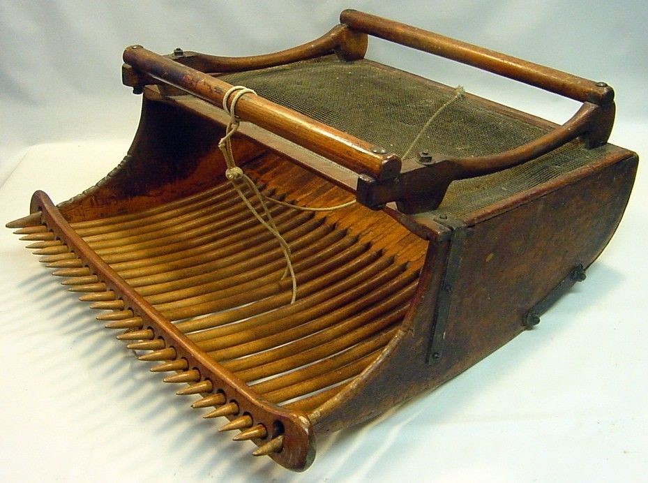 Antique Early Wooden Berry Fruit Picker