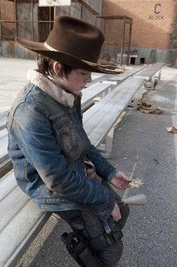 'Walking Dead' Season 4 Poster Revealed [Photo] | Yahoo! TV - Yahoo! TV